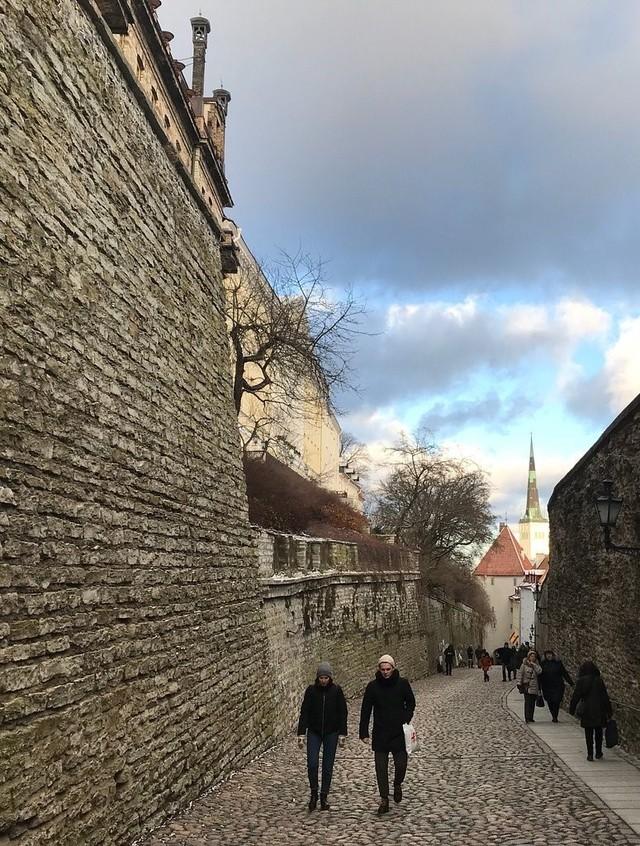 Beauty of World — Pikk Jalg medieval street in Tallinn. Estonia...