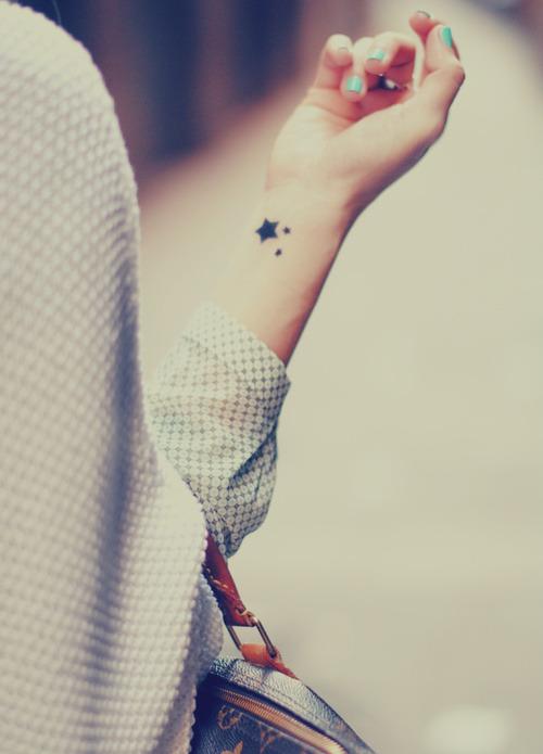 22 Tatuajes Fuera De Este Mundo Para Los Amantes Del Espacio