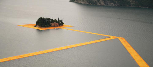 tumblr_o8xrjwgi0M1qfc4xho2_500 Christo and Jeanne-Claude: The Floating Piers, Lake Iseo,... Contemporary