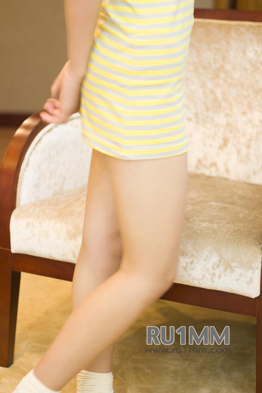 RU1MM No007  Little cutie with socks in pink panties