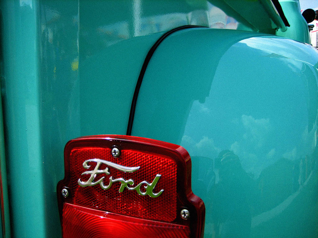 hight resolution of ford truck tail light by neckcns