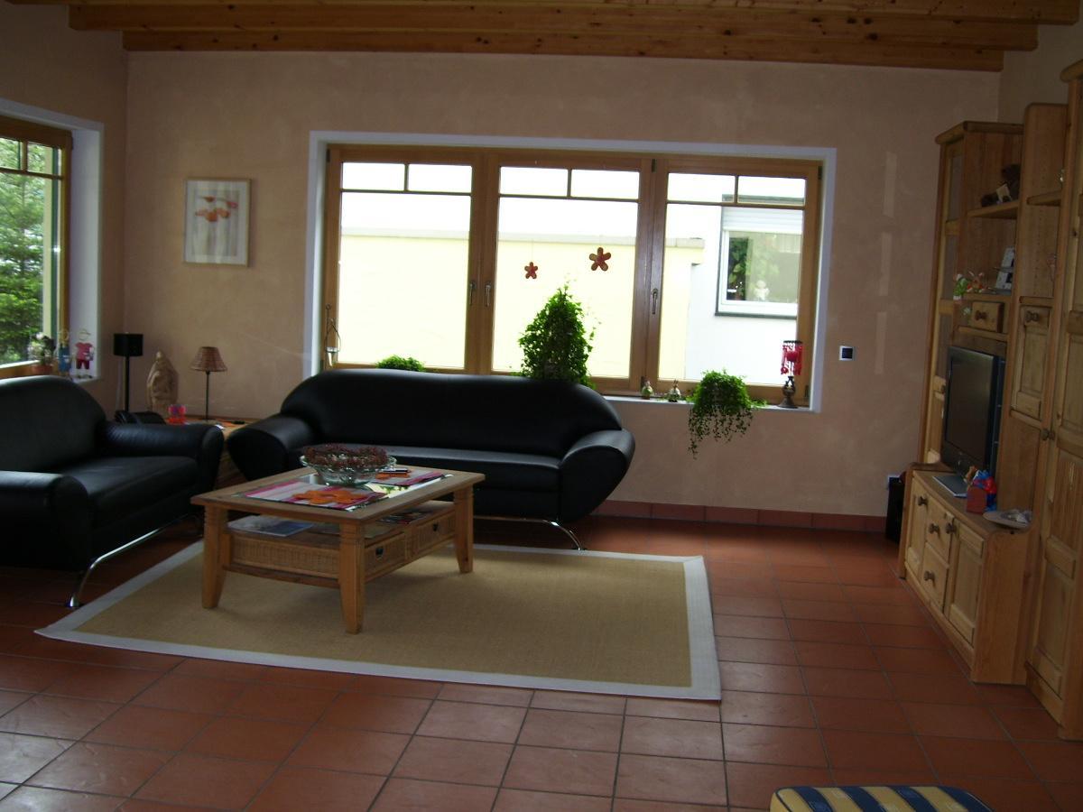 Wandgestaltung Hinter Sofa Tolle Kamin Fliesen Beste Hinter Und