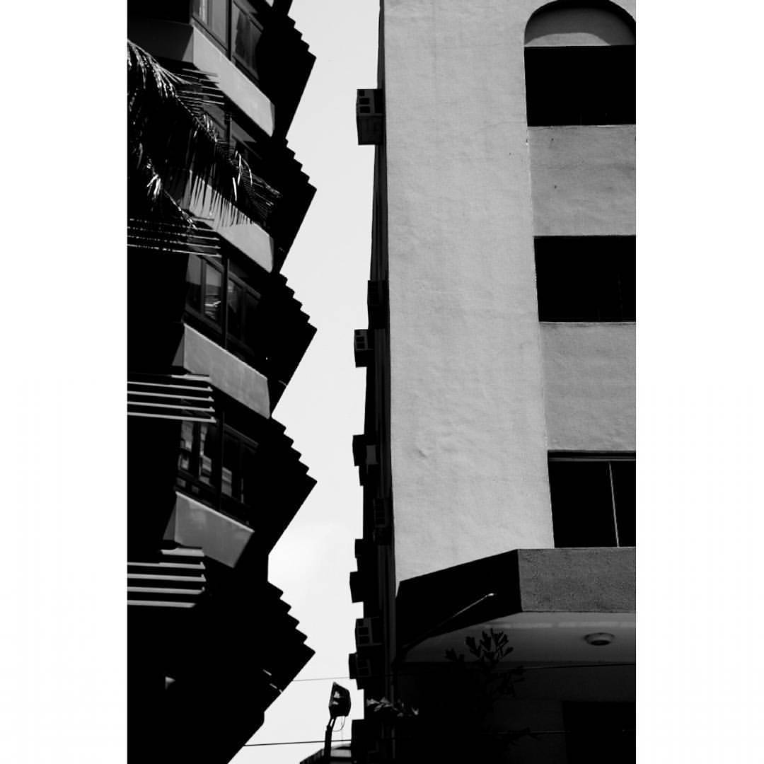 Jagged. Around the edges Viva la Misfits. Difference is beautiful! #DailyAesthetic #MonochromeLagos (at Lagos, Nigeria)