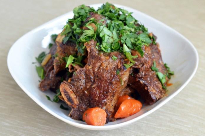 Pressure Cooker Porcini and Tomato Beef Short Ribs by Michelle Tam http://nomnompaleo.com