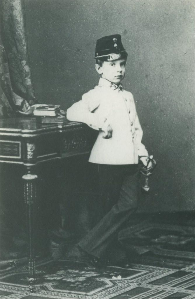 幼少期のルドルフ(1863年) 出典:Wikipedia