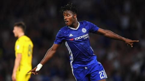 """""""Batshuayi Bukan sosok pemain pelapis yang Pas untuk Costa"""
