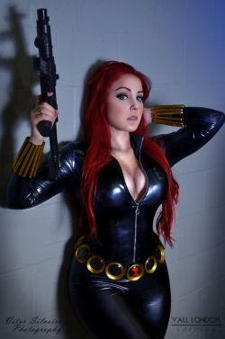 Black Widow by Vitor-Silveira  Check out http://hotcosplaychicks.tumblr.com for more awesome cosplay