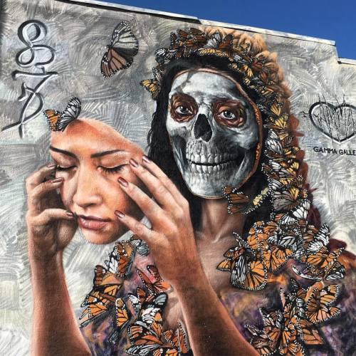 lostangelesstreetart:  @gammagallery #streetart #denver #art #streetartist #mural #diadelosmuertos #urbanart #rsa_graffiti #rsa_preciousjunk #rsa_streetview #dsb_graff #artist #arte #arteurbano #royalsnappingartists #tv_streetart #infamous_family #calavera #denvercolorado #milehigh #303 (at Rino Arts District)