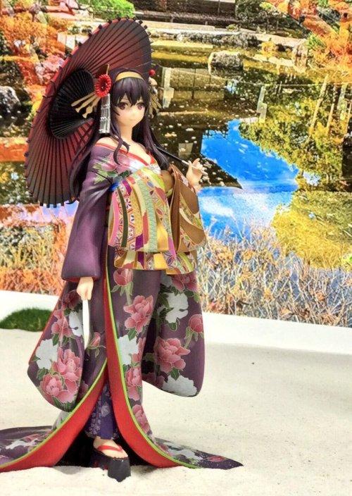 【WF情報】#冴えカノ「霞ヶ丘詩羽 和服ver.」も初お披露目!手作り石庭と四季折々の背景と共にお楽しみください…!(倫理君の熱い解説ボイスも流れます!)