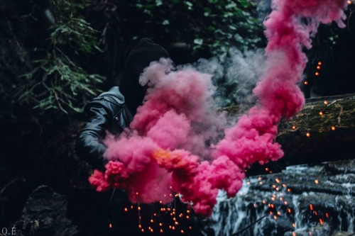 Hypebeast Quotes Wallpaper Red Smoke Bomb Tumblr