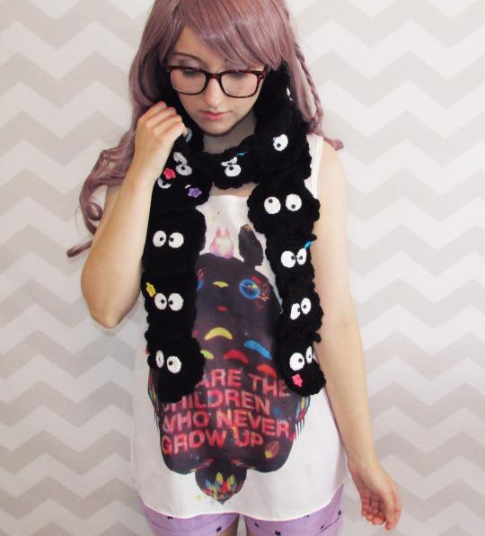 susuwatari-soot-sprite-crochet-scarf-pattern