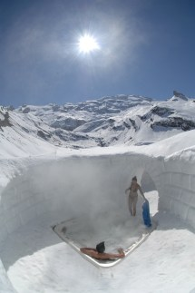 Igloo Village Switzerland Hot Tub