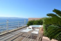 Hotel Les Mouettes - Corsica France Enjoying