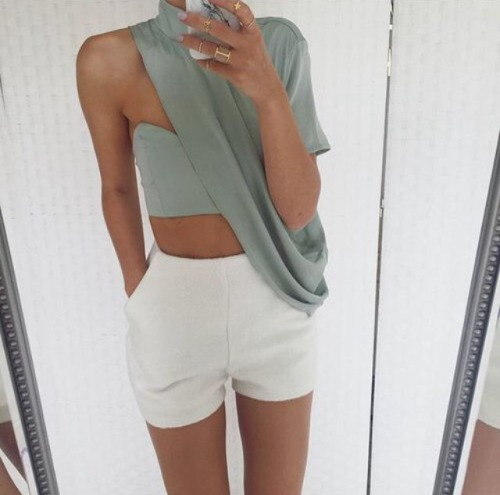 $9.37 Shop her fashionable shorts »here« !