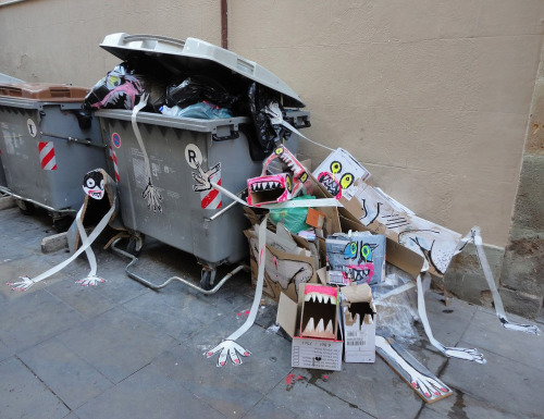 "crossconnectmag:Art is Trash by Francisco de Pajaro  ""Art is Trash"" (El Arte Es Basura) is the street name of Barcelona-based artist Francisco de Pájaro. He takes action when he sees a pile of rubbish and creates art with it, making funny and striking art installations with boxes, garbage bags, broken furniture, old mattresses. He gives life to them with paint, sticks them with tape.Check our Twitter and Facebook for more original ArtSelected by Very Private Art"