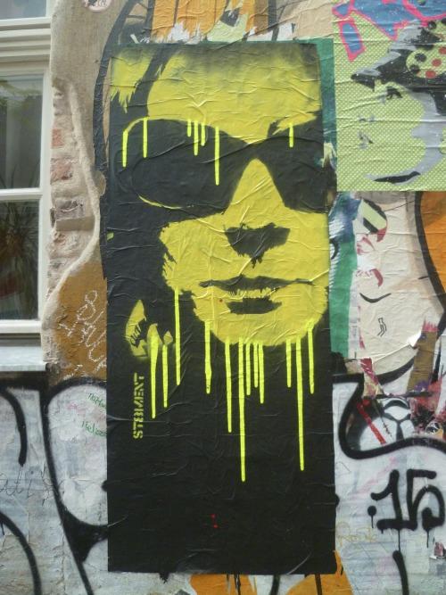 streetart-kiez:  St8mentSeptembre 2016. Mitte, Haus Schwarzenberghttps://st8mentart.wordpress.com/