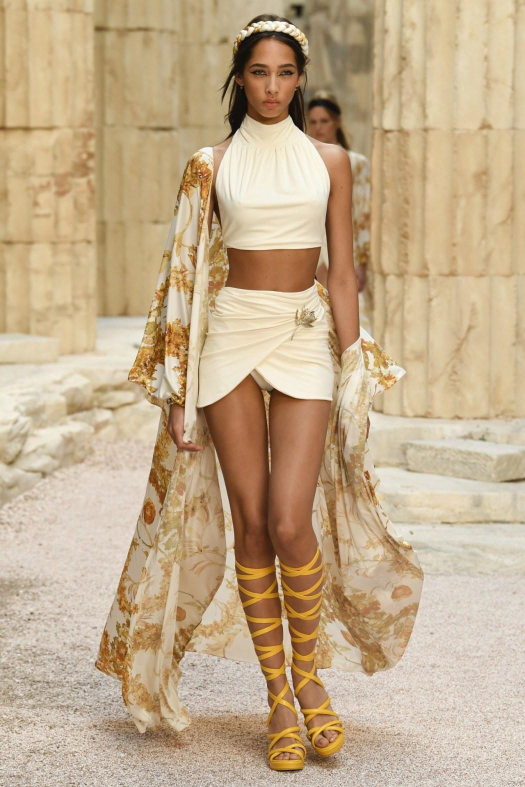 senyahearts:Yasmin Wijnaldum for Chanel, Resort 2018