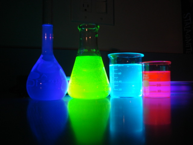 A glowing demonstration Students in the Union New Jersey HomeSchool ChemClub enjoyed this glowing demonstration of four different fluorescent dyes. Club advisor Cecilia Wisniewski mixed a few drops of each dye with tap water and illuminated them with...