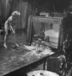 stripper evangeline sylvas angrily breaking the water tank being history [ 1047 x 1160 Pixel ]