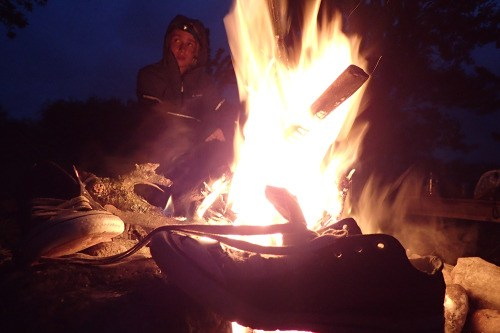 Un bon feu pour se réchauffer…et faire sécher les chaussures