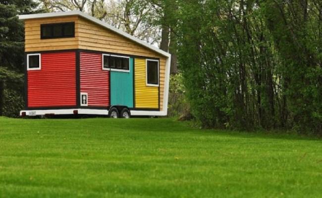 Montreal Tiny Houses