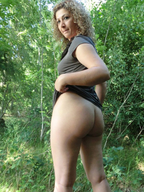 Outdoor fucking in 3, 2…