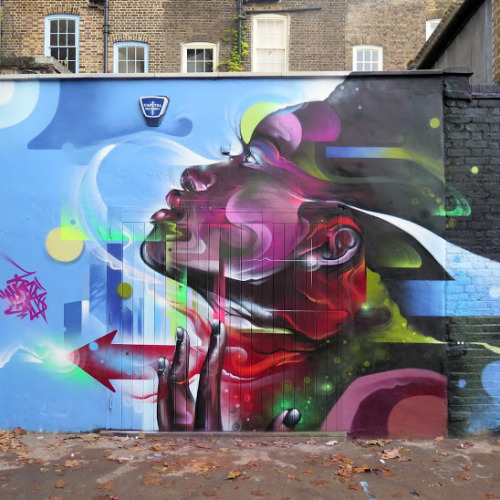 widewalls-artmagazine:  Stunning wall by Mr Cenz in Star Yard, London More about Mr Cenz and his art : http://www.widewalls.ch/artist/mr-cenz/