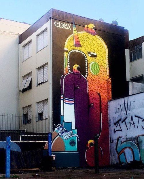 streetartglobal:  @celopax mural in #Brazil - awesome colours! (http://globalstreetart.com/marcelo-pax) #globalstreetart #paintedcities #urbanwalls https://www.instagram.com/p/BMlalvyAjqk/