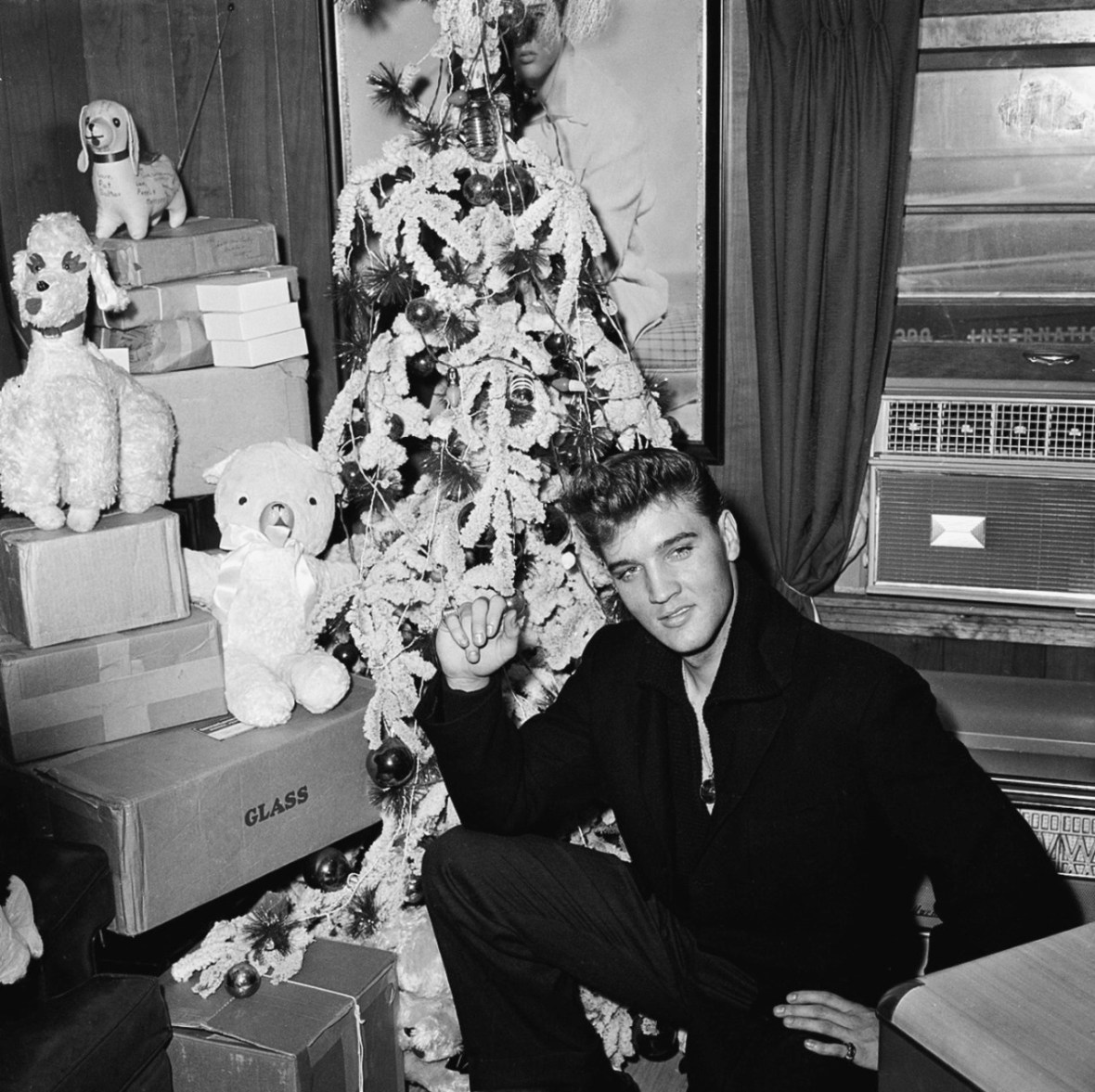 Elvis Presley - at his home in Memphis, Tennessee U.S.A. - 1957