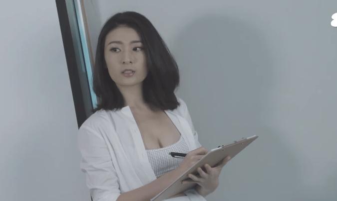 李君妍以爆乳裝極速上位。網民讚好:前排先知佢索成咁   純情跟蹤狂   大娛樂家 - fanpiece