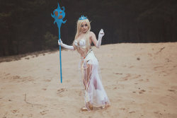 Janna Cosplay (League of Legends) by LunarGoddnes  More Hot Cosplay: http://hotcosplaychicks.tumblr.com Get Exclusive Content: https://www.patreon.com/hotcosplaychicks