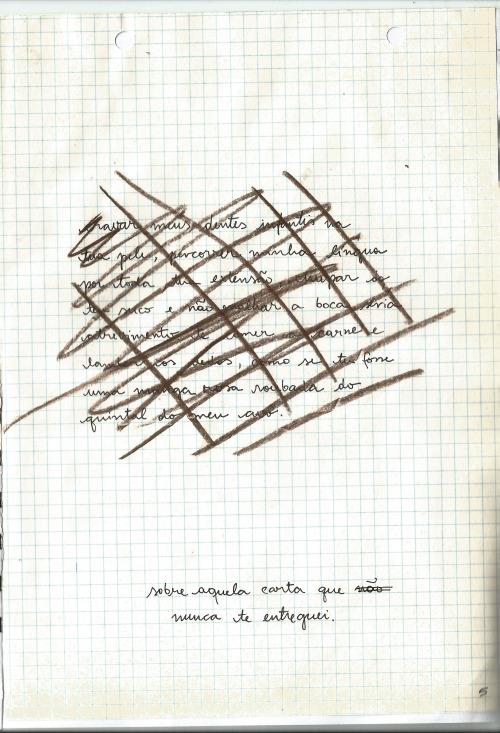 capa e página de [eu não me movo de mim], zine meu e do Elvis Freire. 2015.