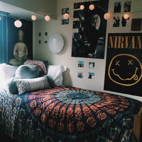 Check out refinery29 for the best bedroom decor ideas! tumblr bedroom on Tumblr
