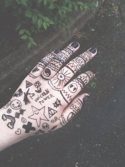 20 Tumblr Girl Grunge Tattoos Hand Ideas And Designs