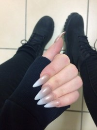 black pointy nails | Tumblr