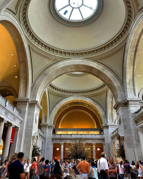 Chandle #metmuseum #lobby #interior #arch #dome #skylight