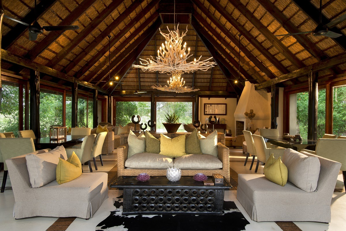 River Lodge Perched on the banks of Sabie River