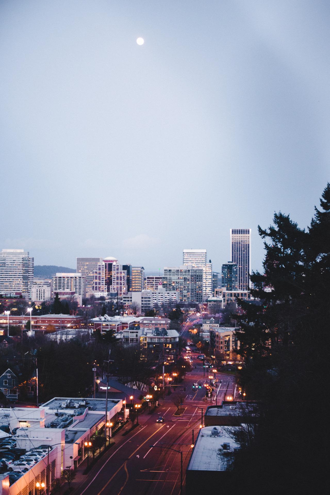 Portland Oregon Fall Had Wallpaper Lights Over The City Photo Wzrd City Lights Instagram