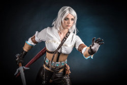 Ciri by adenry  More Hot Cosplay: http://hotcosplaychicks.tumblr.com Get Exclusive Content: https://www.patreon.com/hotcosplaychicks