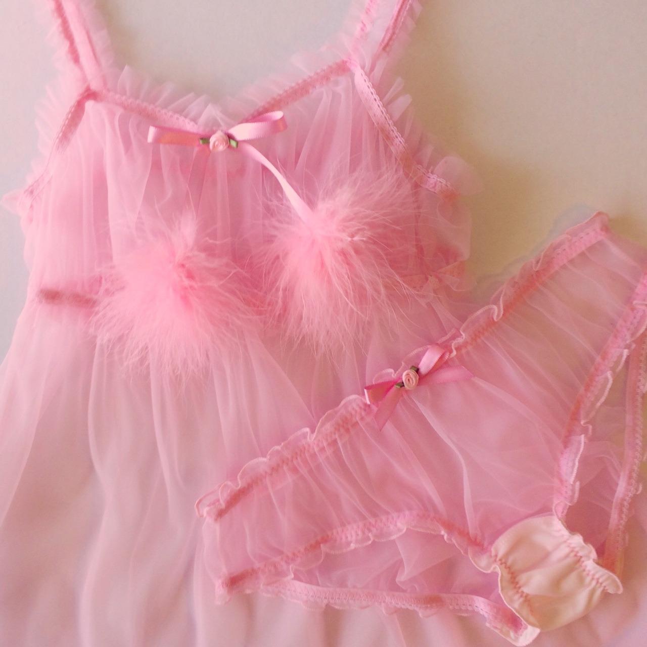 pink thongs tumblr