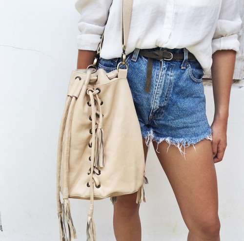 $15.90 Get her denim shorts »here« !