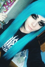 goth hair