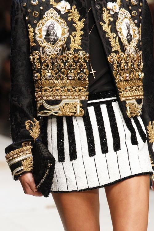 """notordinaryfashion: """"Dolce & Gabbana S/S 2017 """""""