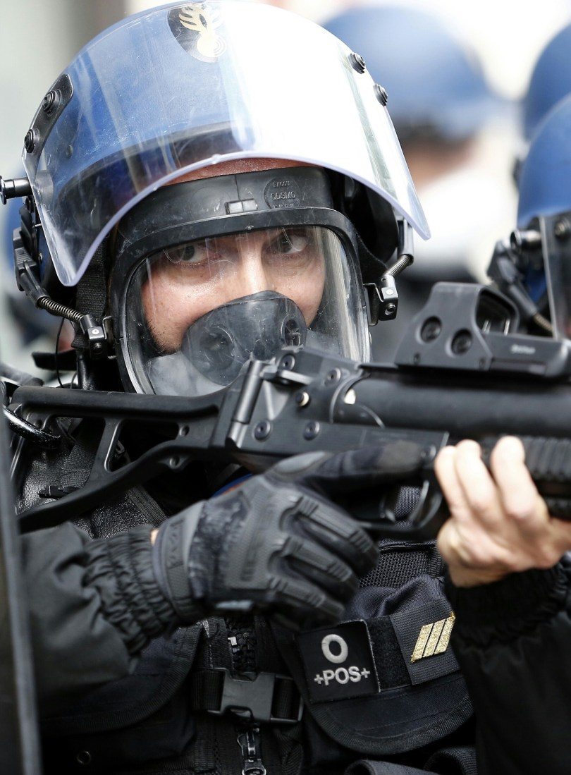 Crs French Riot Police Admits To Violence