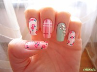 Chibi Nails, Nail design based on a wrapping paper