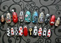 NeverTooMuchGlitter Nail Art - Handpainted Alice in ...