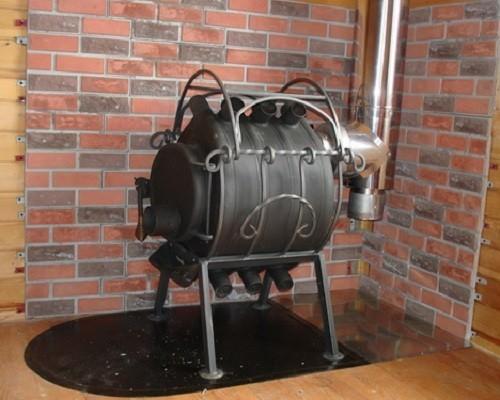 Fornace Canadese Buleryan Che Brucia Lungo Installazione