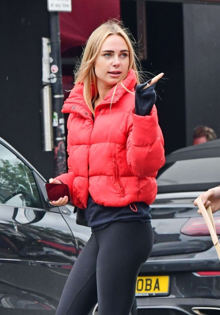 Pretty Kimberley Garner Out And About Candids In Notting Hill, London