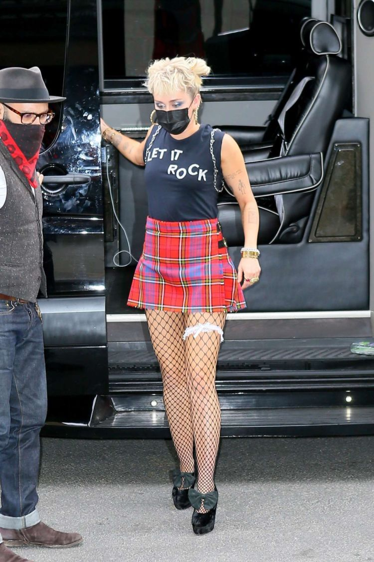 Miley Cyrus Candids While Returning To Her Hotel In New York