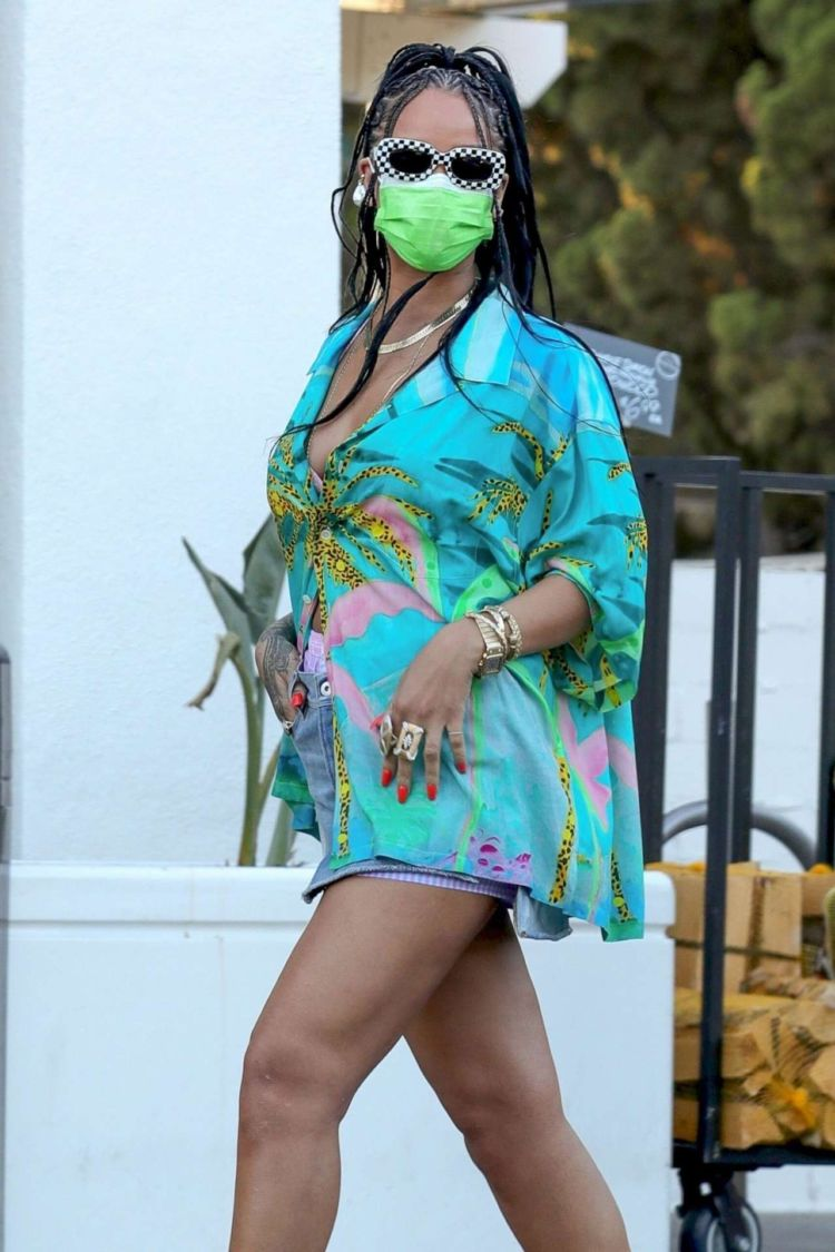 Rihanna Spotted In A Denim Skirt At Bristol Farms In Beverly Hills